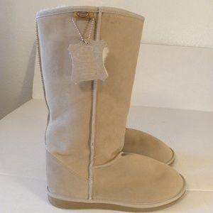 Emu Ridge Australia Boots Size 10 Wool Suede Beige
